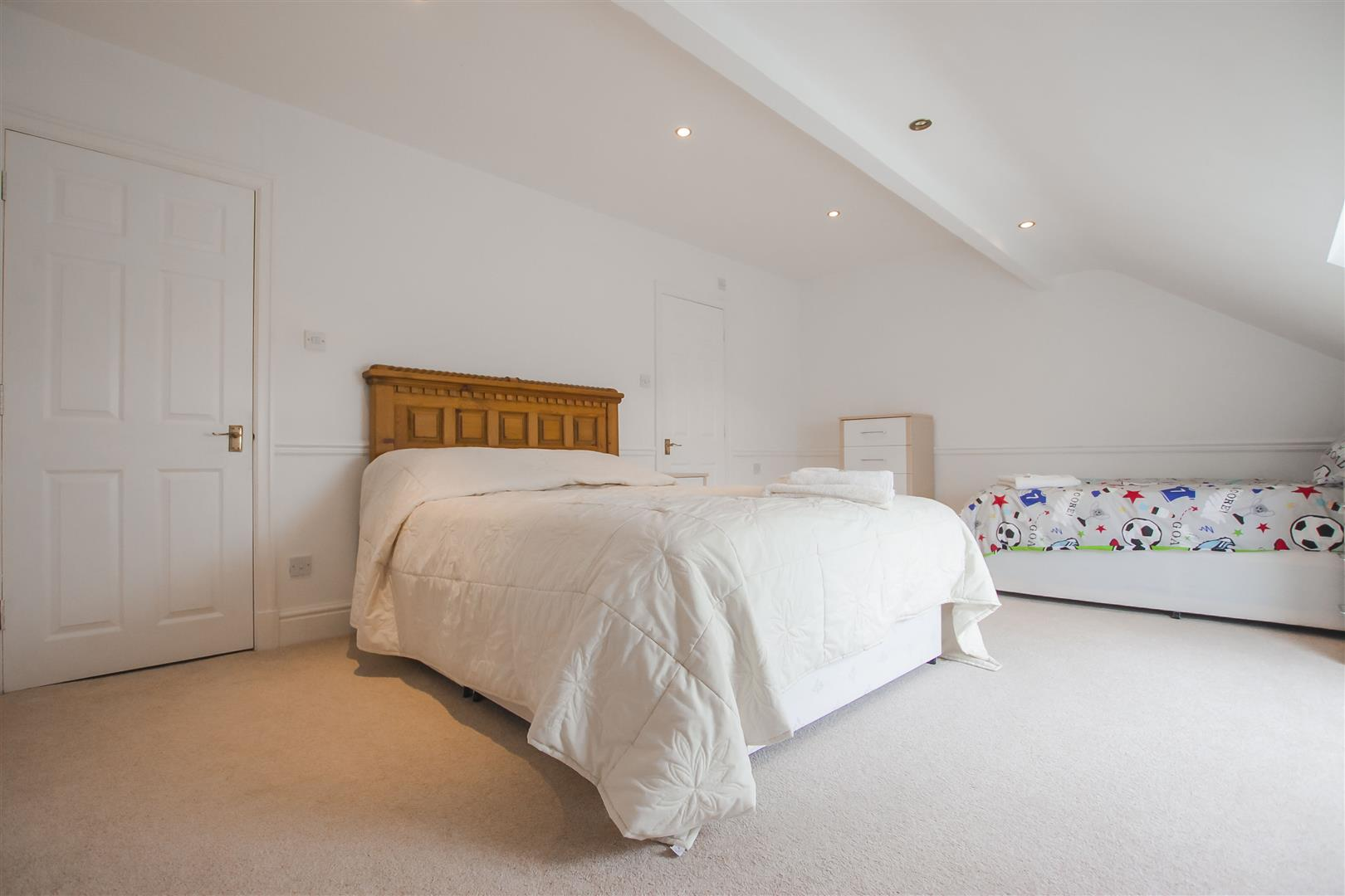 4 Bedroom Townhouse House For Sale - Image 17
